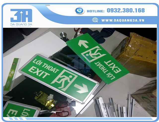 Đèn exit dạ quang giá rẻ, chất lượng tốt