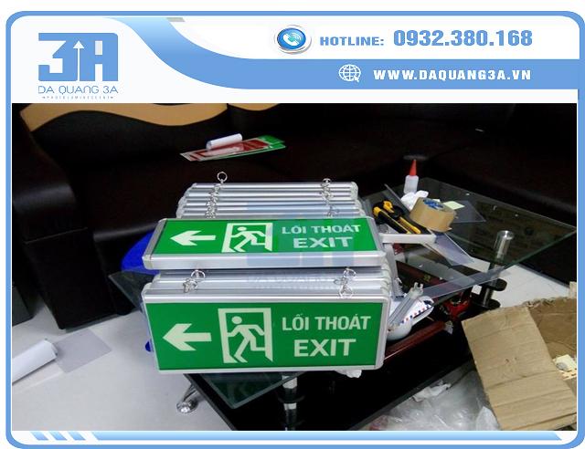 Đèn exit thoát hiểm dạ quang